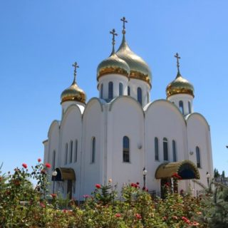 Храм в честь святого праведного воина Феодора Ушакова, пгт.Новофёдоровка Крым