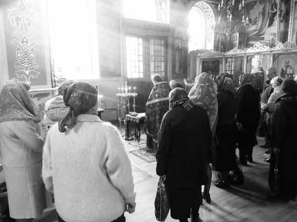 Панихида о упокоении погибших при пожаре в Кемерово