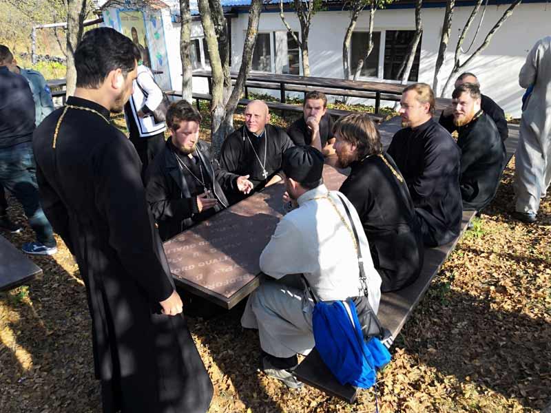 Выездной семинар в монастыре апостола Луки